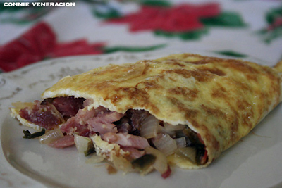 casaveneracion.com ham and cheese omelet