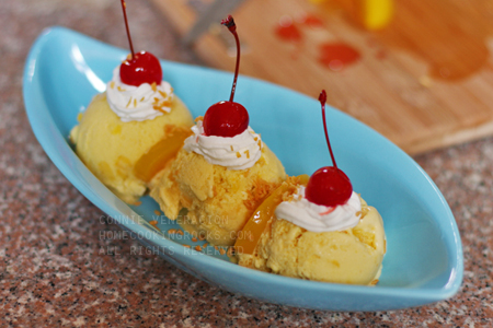 Chunky mango ice cream