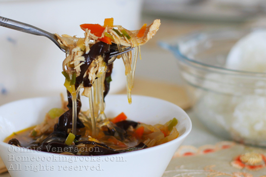 casaveneracion.com Sotanghon (vermicelli) soup with chicken and black fungus