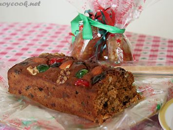 Lasang Pinoy 5 : Fruit cakes, a family tradition