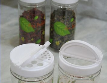 Storing dried herbs and spices