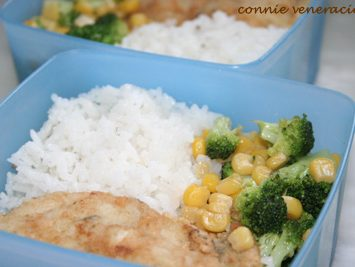 School lunch: fish fillet and buttered vegetables