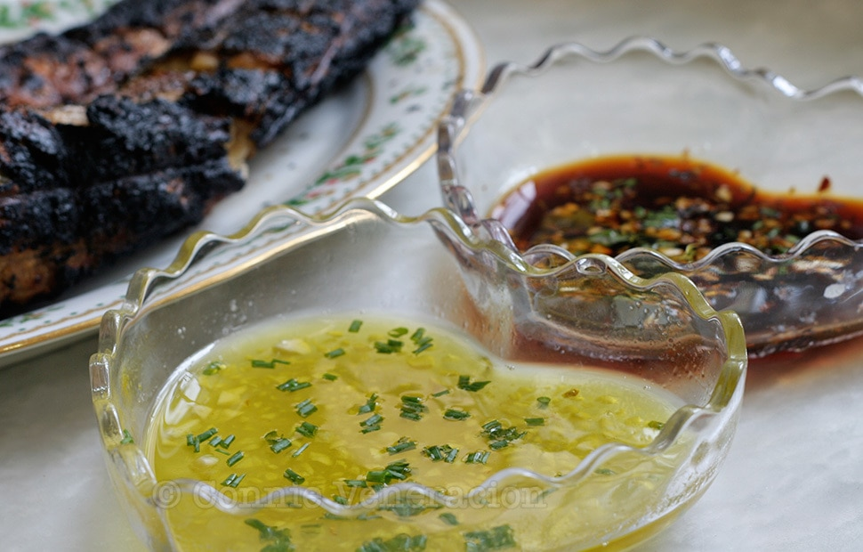 Lemon Garlic Dipping Sauce For Grilled Fish | casaveneracion.com