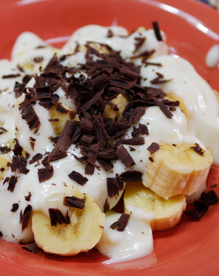 No-cook Banana, Yogurt and Chocolate Dessert
