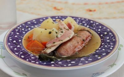 Dublin coddle (boiled sausages, bacon, potatoes and carrots)