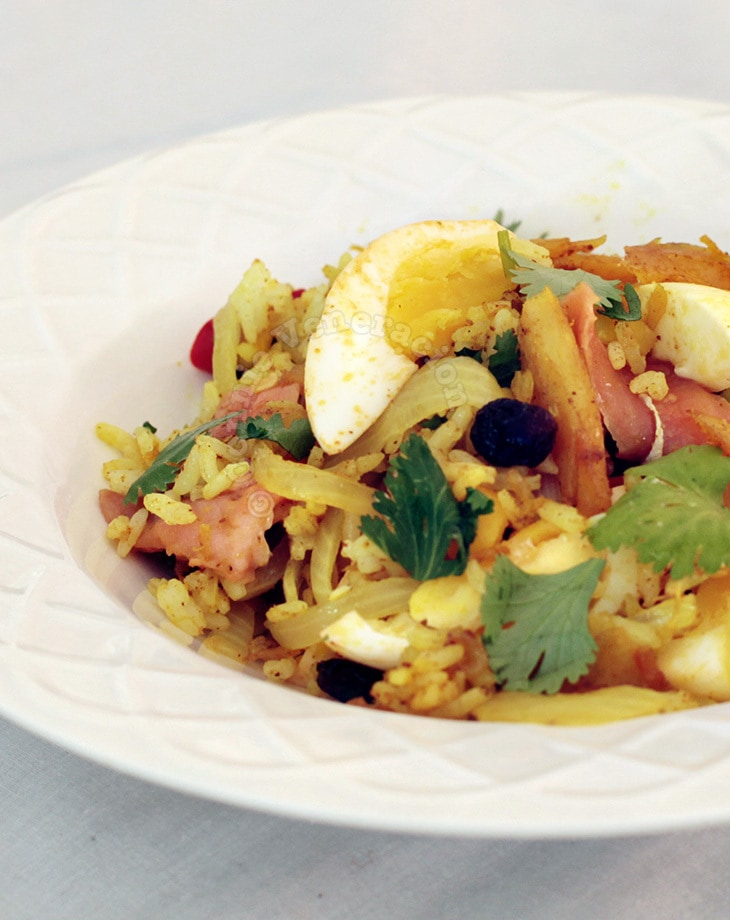 casaveneracion.com A la kedgeree: a rice dish with flaked fish, hard-boiled eggs and curry