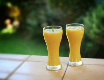 Mango, cucumber and mint smoothie