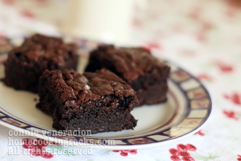chocolate-fudge-brownies12