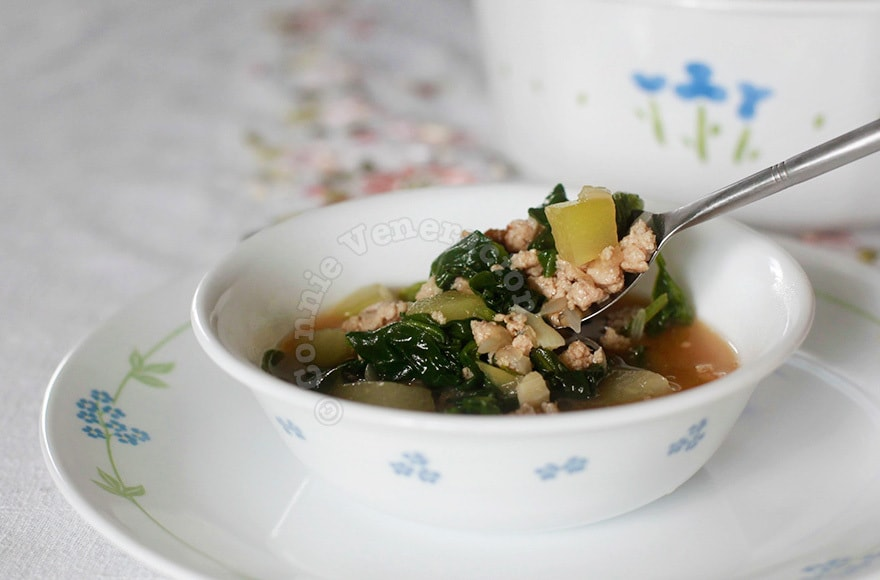 Miso, chayote and spinach soup | casaveneracion.com