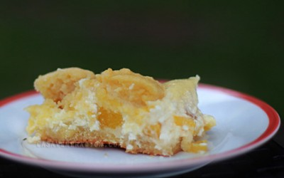 cream-cheese-peach-bars