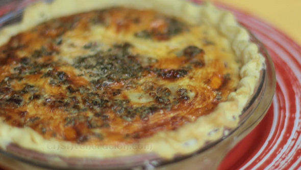 Ham and cheese quiche: easy and tasty