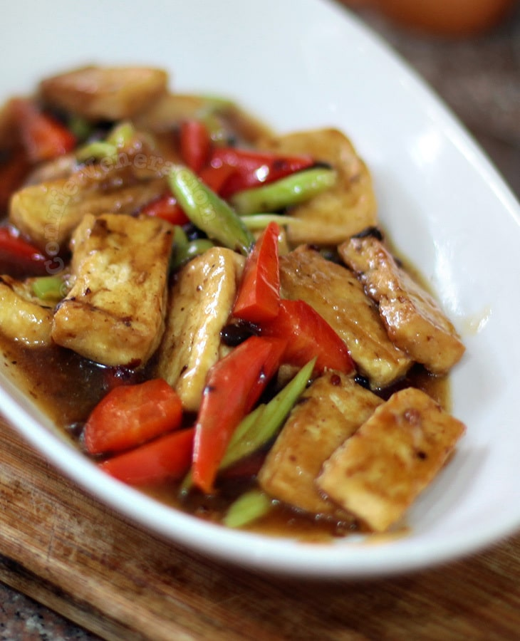 Tofu and black beans stir fry