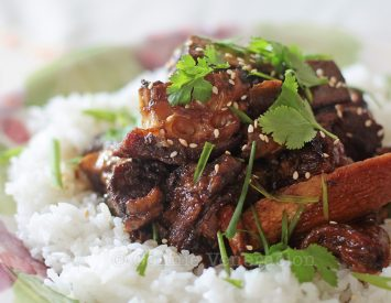 Slow cooker Asian-style glazed beef ribs
