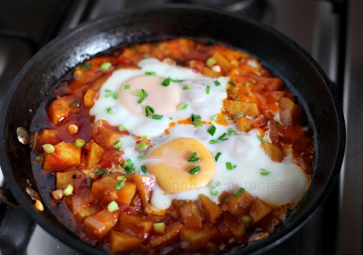 Egg-topped sweet potatoes braised in tomato sauce