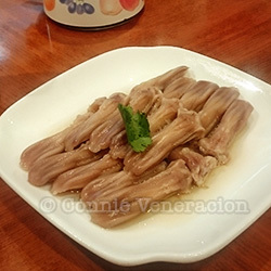 Preserved duck tongues with Shaoxing rice wine