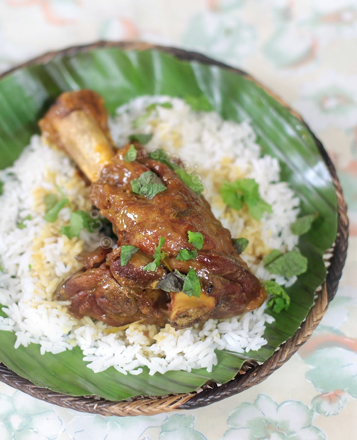 Lamb Shank Curry With Cider and Coconut Sauce | casaveneracion.com