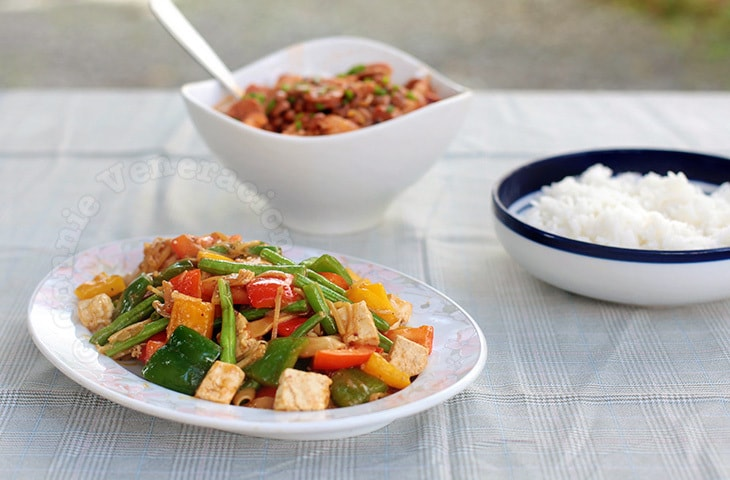 Stir-fried Tofu and Bell Pepper | casaveneracion.com
