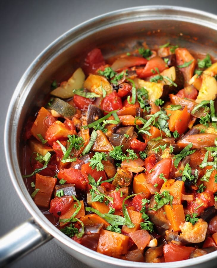 Ratatouille (French Provençal Stewed Vegetable)