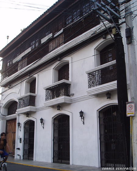 old house in Intramuros