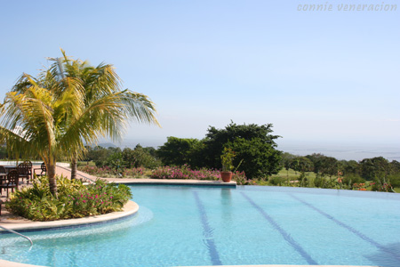 casaveneracion.com swimming pool overlooking laguna de bay