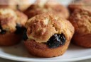 casaveneracion.com Cinnamon muffins with preserved plums