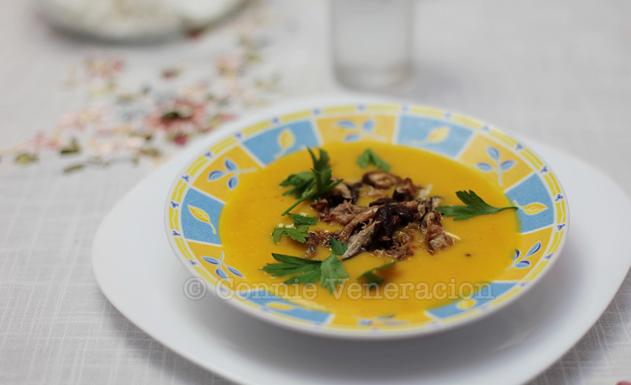 Carrot and potato soup with shiitake mushrooms | casaveneracion.com