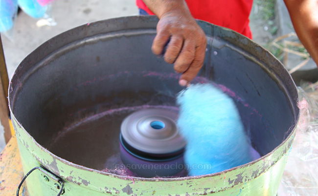 casaveneracion.com What is cotton candy made of?