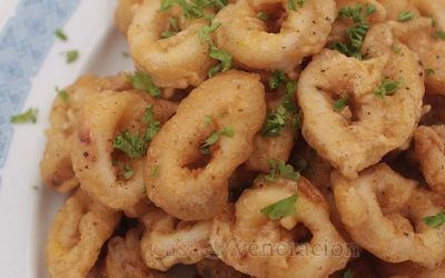 Calamares may be the plural of squid in Spanish but in the Philippines, it is a dish of crispy deep fried battered squid rings. A lovely party finger food.