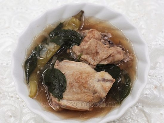 Pinatisang Manok (Chicken Soup With Fish Sauce)