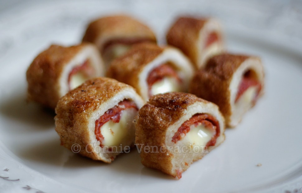 Pepperoni and Cheese Stuffed Bread Rolls