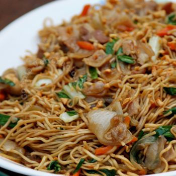 Ernest's Pancit Canton With Bacon-cut Pork