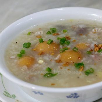 Chicken arroz caldo with premature chicken eggs