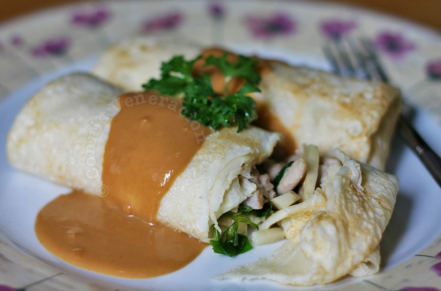 Lumpiang ubod (heart of palm spring rolls)
