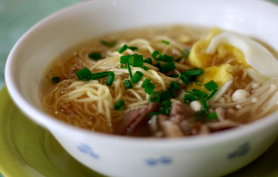 Pork and mushrooms noodle soup