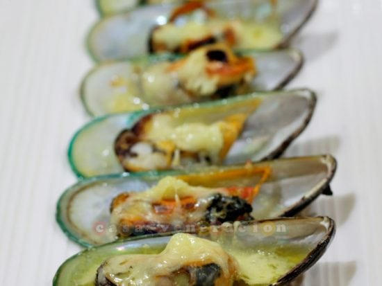 Baked mussels (tahong), the simple way