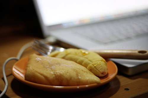 casaveneracion.com Folded crepe and sliced fresh banana drizzled with golden syrup