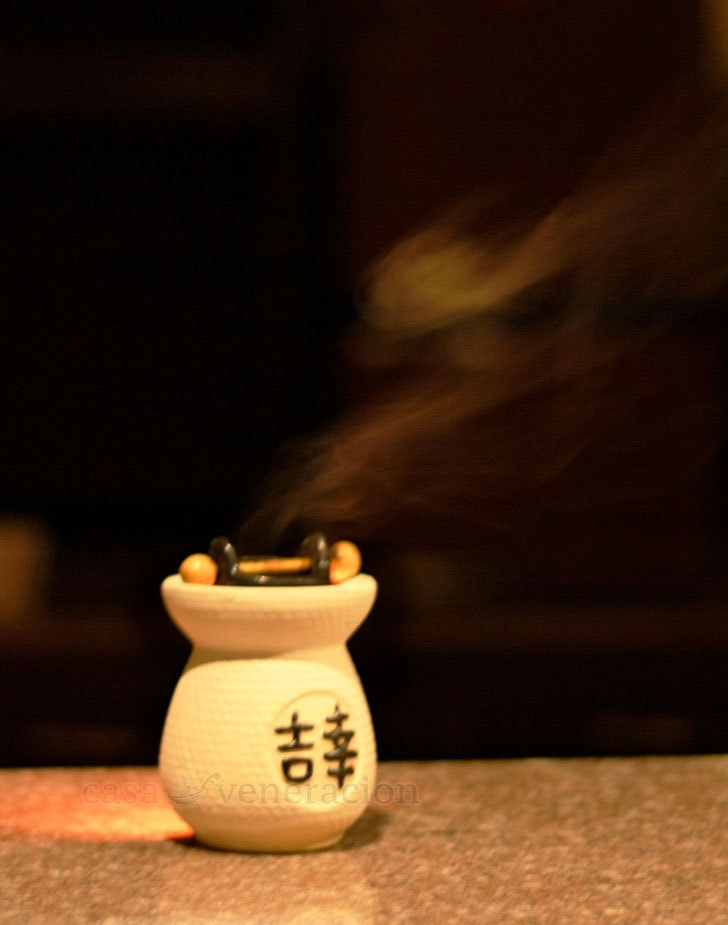 Aromatherapy at Home: Oil burner
