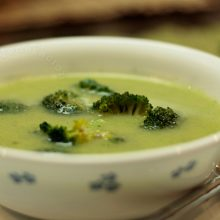 Creamed broccoli and potato soup