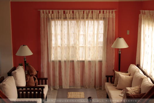 casaveneracion.com Sheer curtains allow natural light to filter into a room