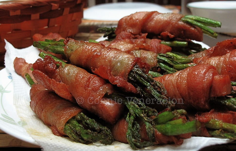 Bacon, asparagus and mushroom rolls | casaveneracion.com
