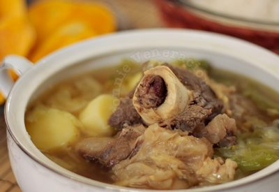 Bulalo (beef, bone marrow and vegetable soup)