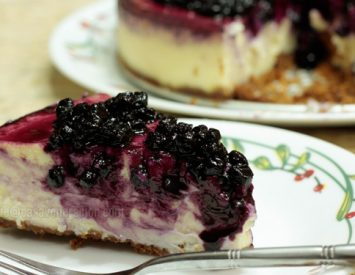 Cheesecake with homemade blueberry topping