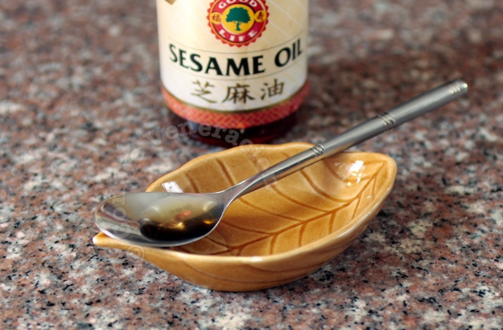 About Sesame Seeds and Sesame Seed Oil