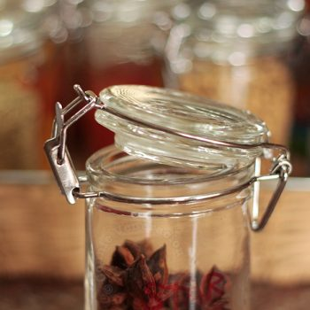 How to store dried herbs and spices