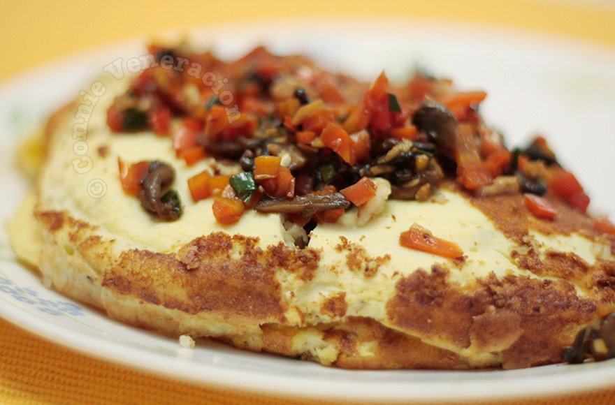 Asian Rice Omelet | casaveneracion.com