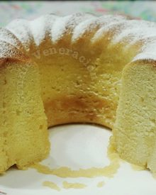 Rum cake with limoncello