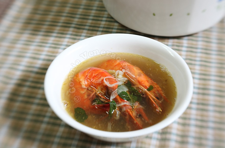 Prawns and ginger soup | casaveneracion.com