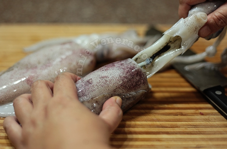 How To Clean Fresh Whole Squids