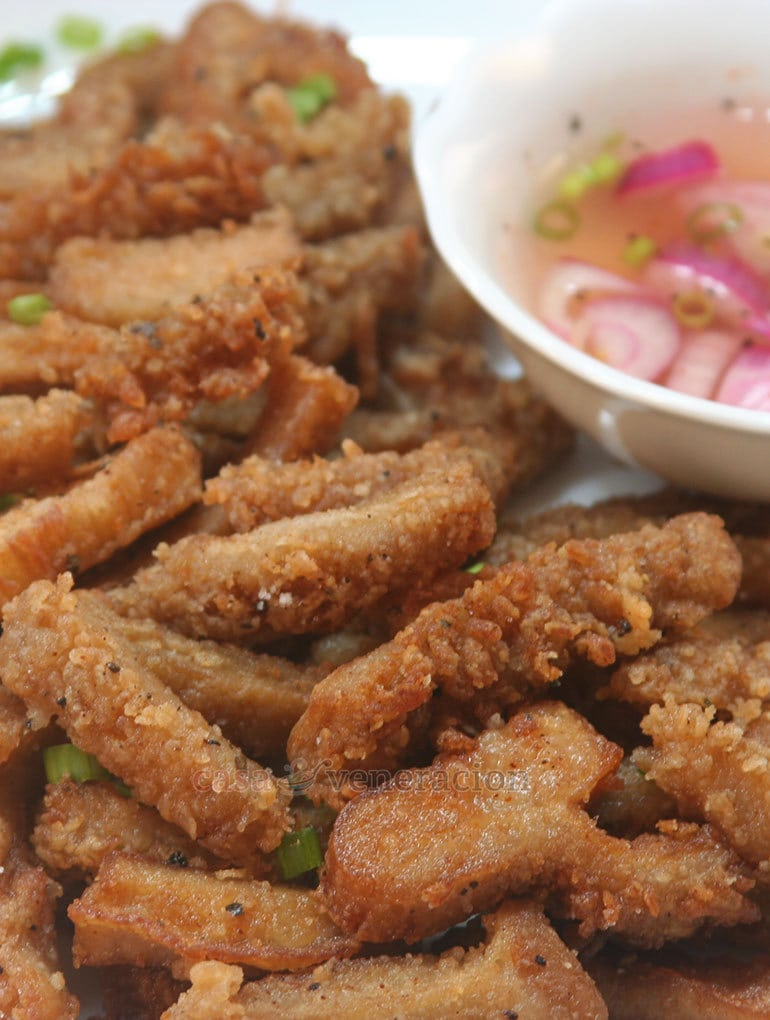 Tweaked from a recipe discovered on a British website, these deep-fried honeycomb tripe strips are so good they can be served as a main dish or as a finger food to accompany beer or other alcoholic drinks.