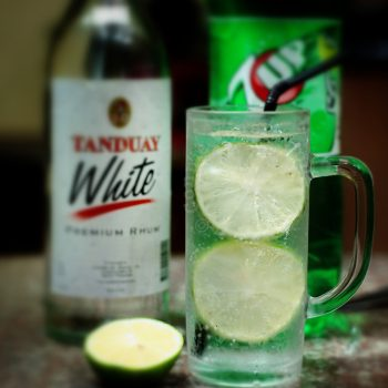 Fizzy rum and lime